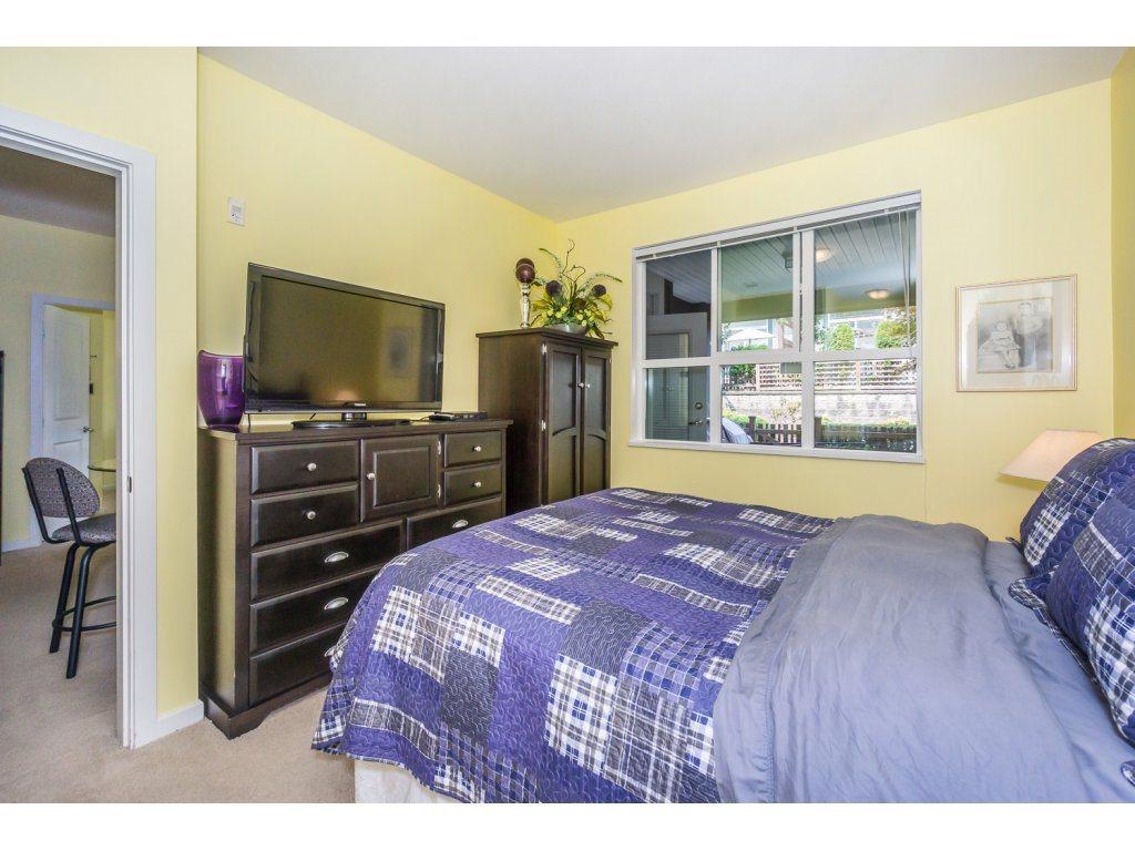 Condo Apartment at 108 18755 68 AVENUE, Unit 108, Cloverdale, British Columbia. Image 11