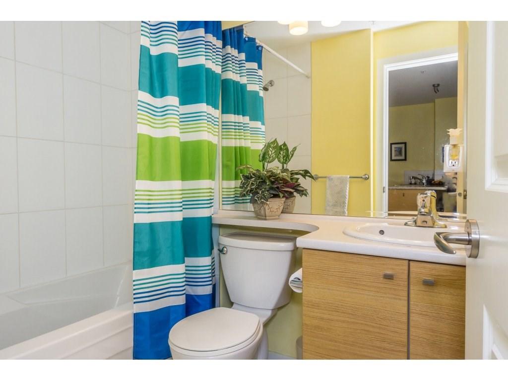 Condo Apartment at 108 18755 68 AVENUE, Unit 108, Cloverdale, British Columbia. Image 12