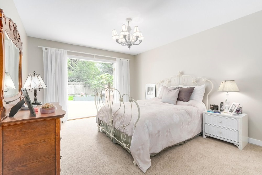 Detached at 1528 EDGEWATER LANE, North Vancouver, British Columbia. Image 11