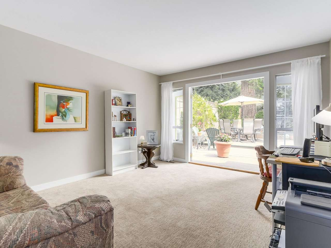 Detached at 1528 EDGEWATER LANE, North Vancouver, British Columbia. Image 13