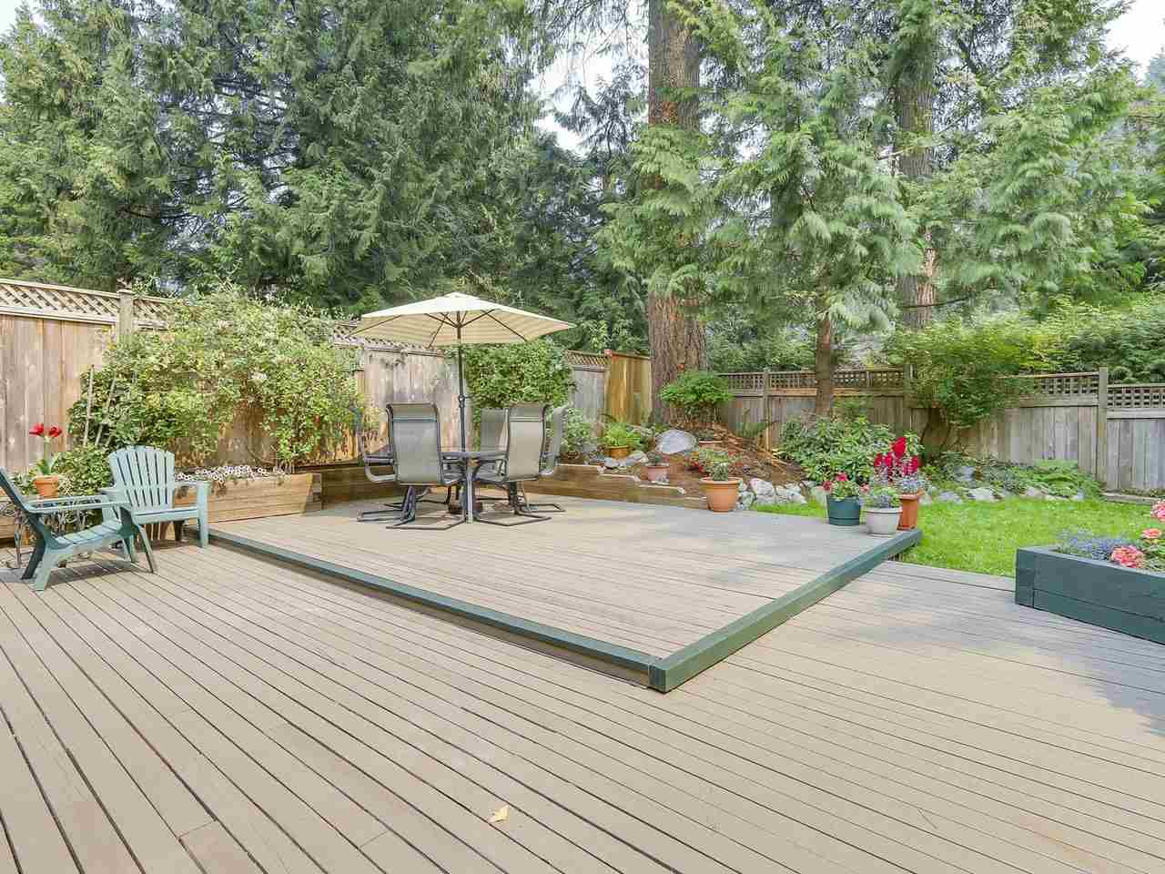 Detached at 1528 EDGEWATER LANE, North Vancouver, British Columbia. Image 15