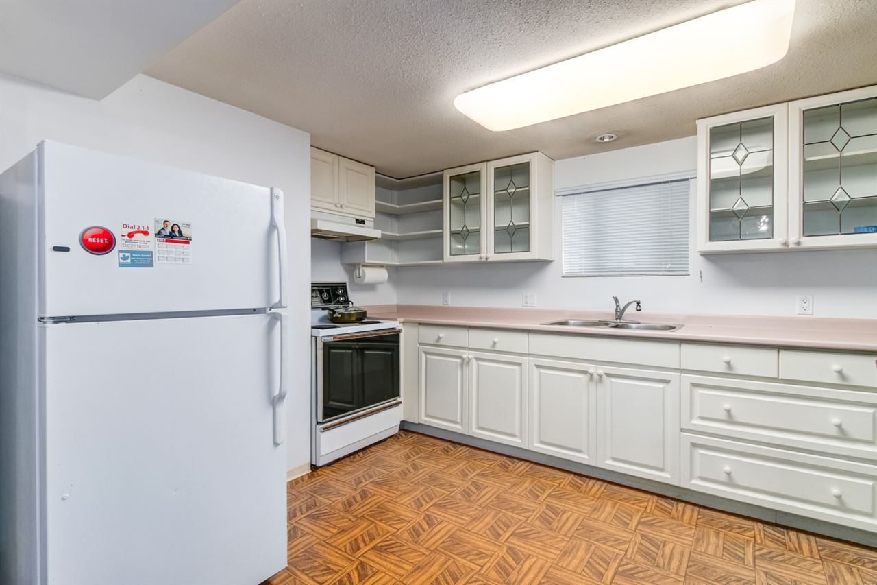 Detached at 6506 MALVERN AVENUE, Burnaby South, British Columbia. Image 3