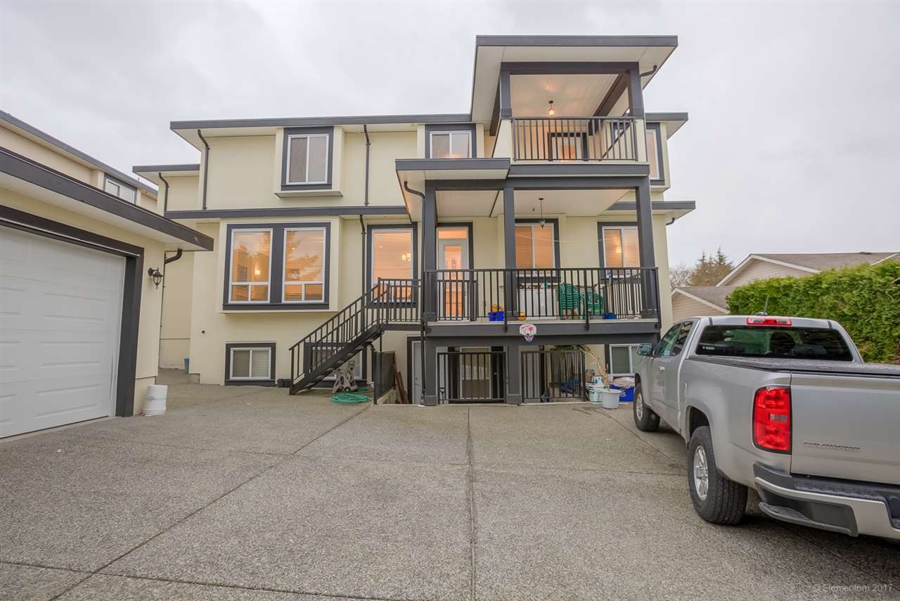 Detached at 5049 LAUREL STREET, Burnaby South, British Columbia. Image 2