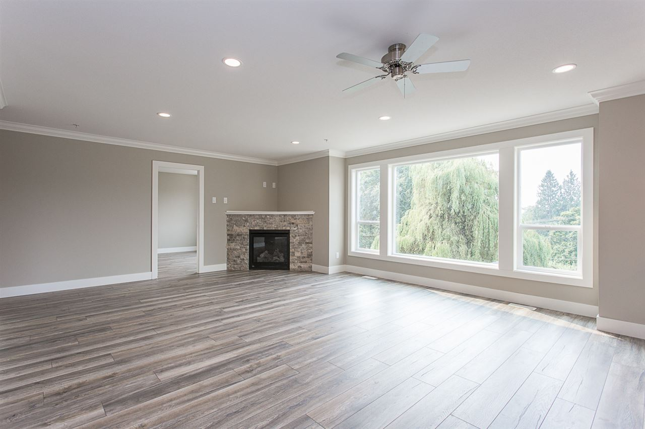 Detached at 29967 SILVERDALE AVENUE, Mission, British Columbia. Image 8