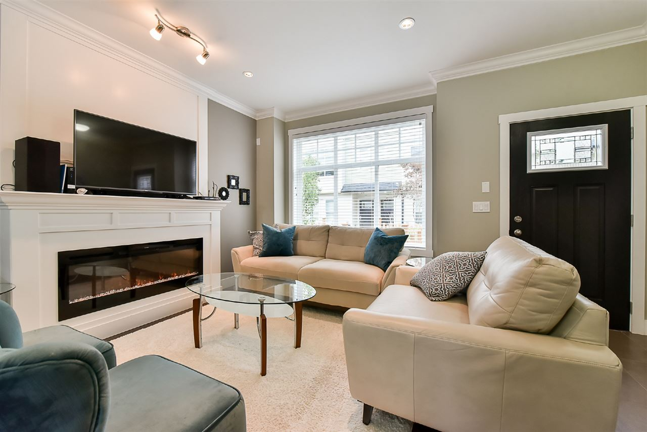 Townhouse at 91 13670 62 AVENUE, Unit 91, Surrey, British Columbia. Image 3