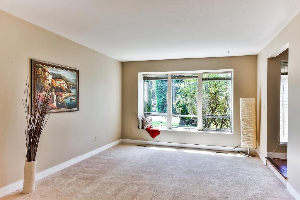 Detached at 11945 CARRIAGE PLACE, N. Delta, British Columbia. Image 4