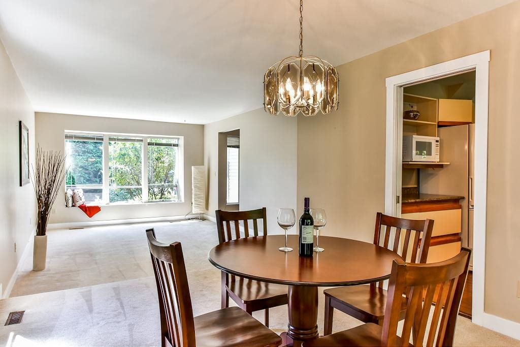 Detached at 11945 CARRIAGE PLACE, N. Delta, British Columbia. Image 5