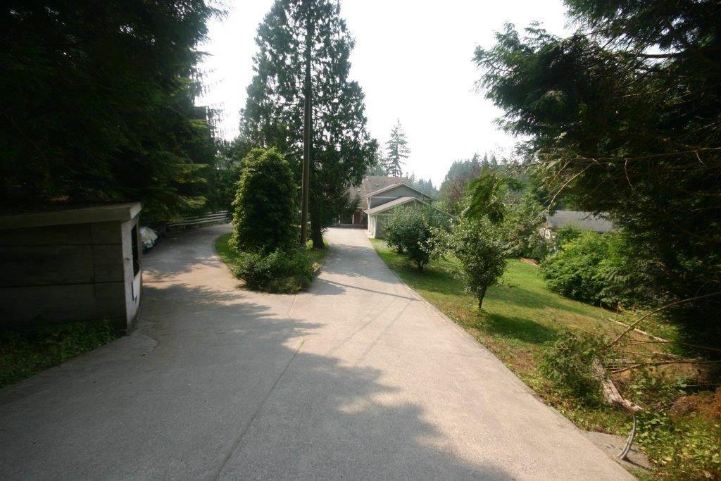 Detached at 11497 272ND STREET, Maple Ridge, British Columbia. Image 2