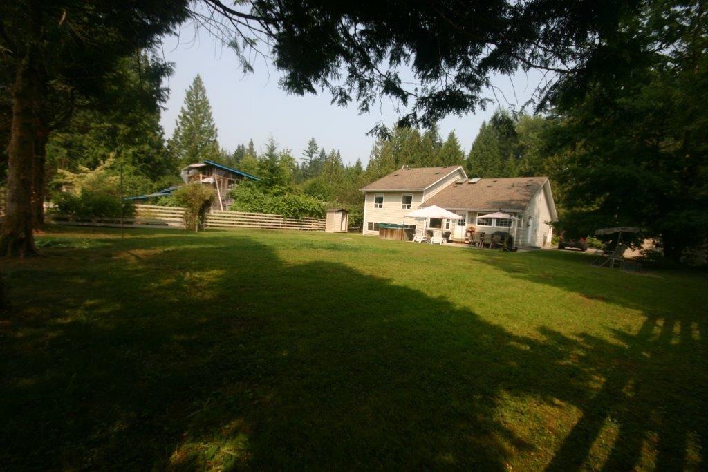 Detached at 11497 272ND STREET, Maple Ridge, British Columbia. Image 4