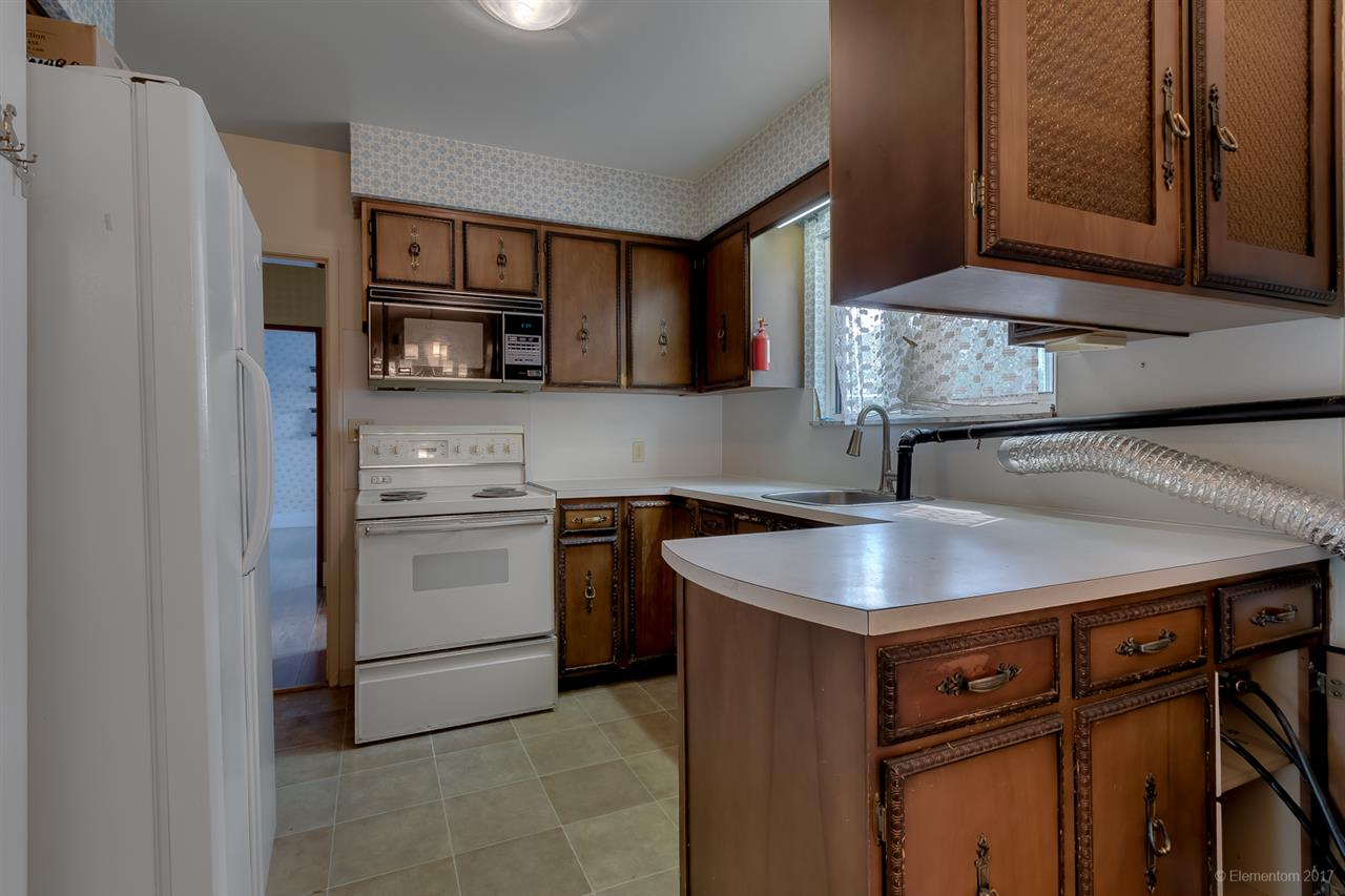 Detached at 7375 NEWCOMBE STREET, Burnaby East, British Columbia. Image 4