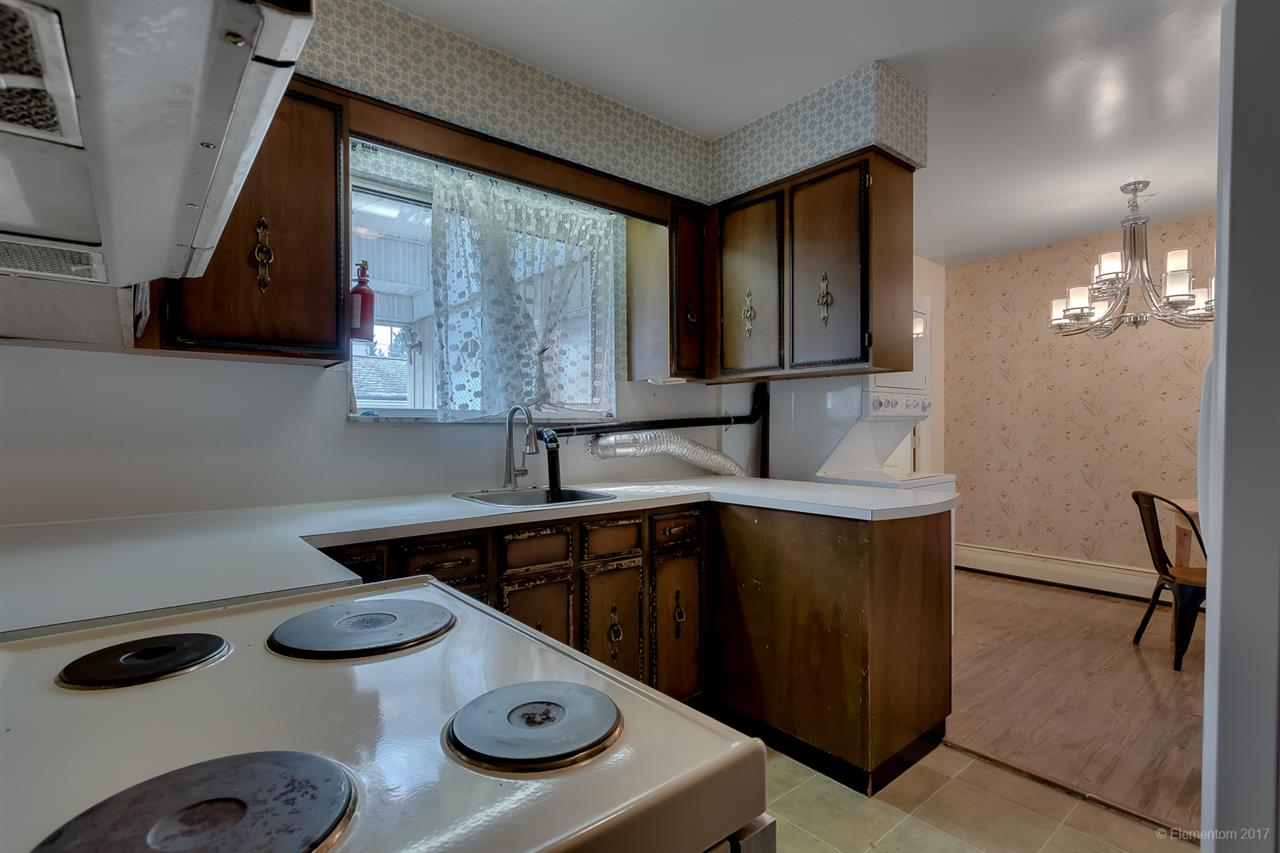 Detached at 7375 NEWCOMBE STREET, Burnaby East, British Columbia. Image 5