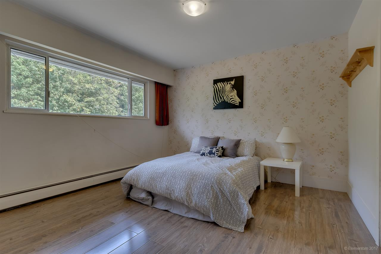 Detached at 7375 NEWCOMBE STREET, Burnaby East, British Columbia. Image 7