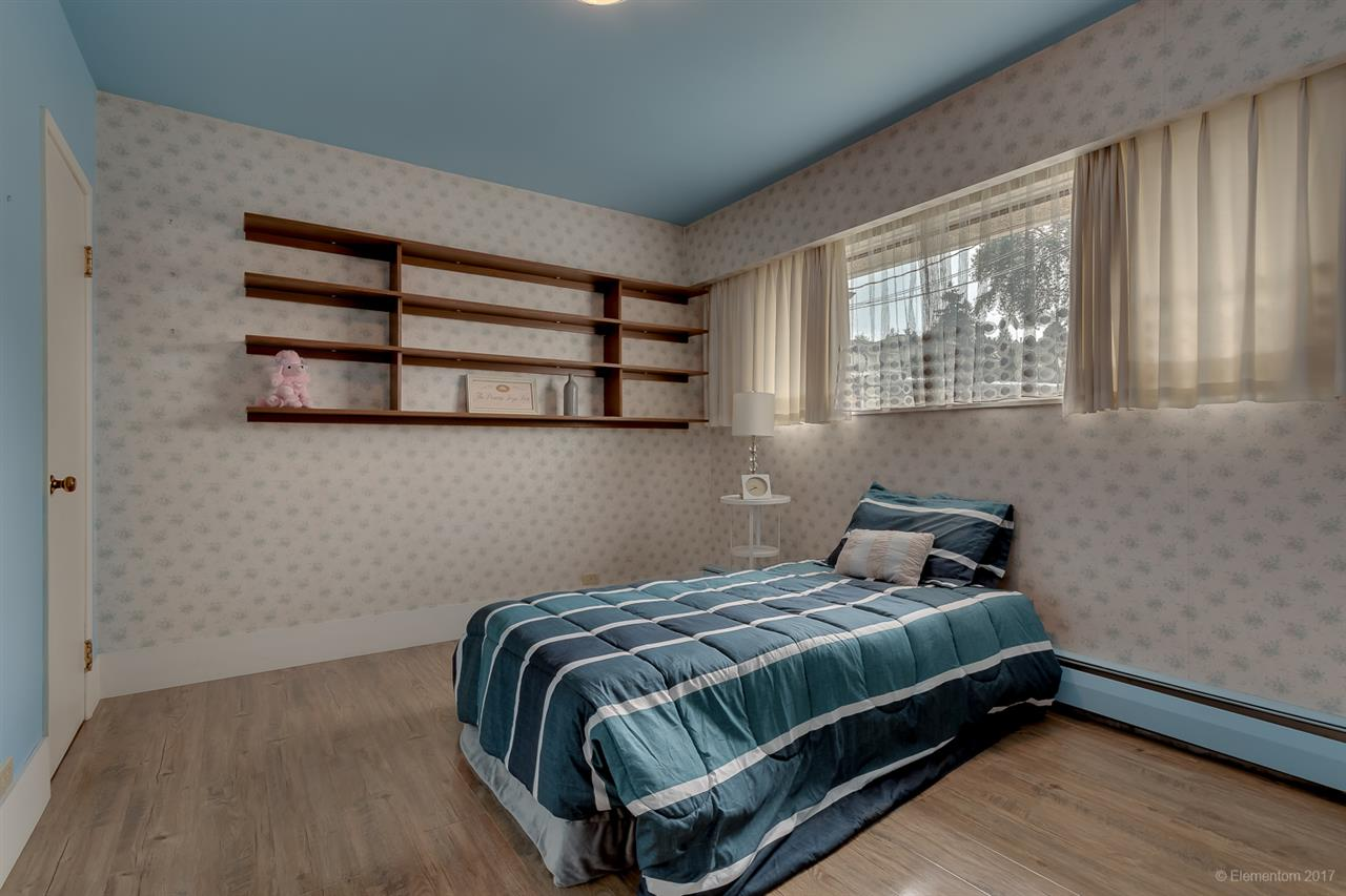 Detached at 7375 NEWCOMBE STREET, Burnaby East, British Columbia. Image 9