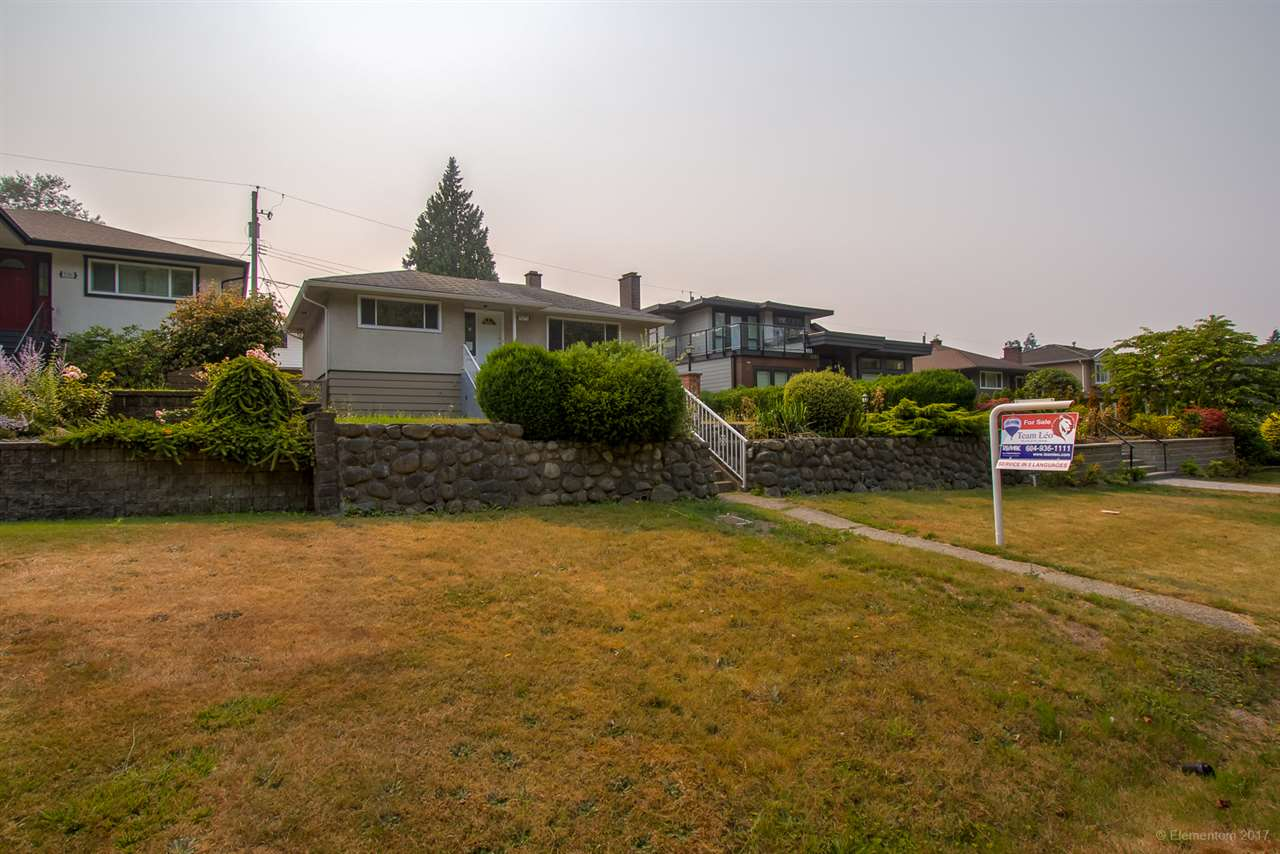 Detached at 7375 NEWCOMBE STREET, Burnaby East, British Columbia. Image 20
