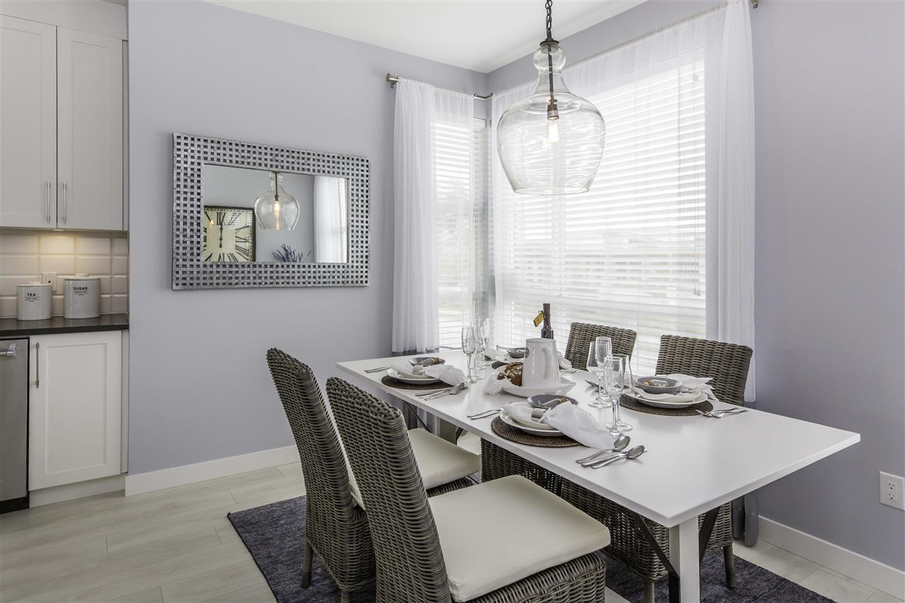 Townhouse at 33 20857 77A AVENUE, Unit 33, Langley, British Columbia. Image 3