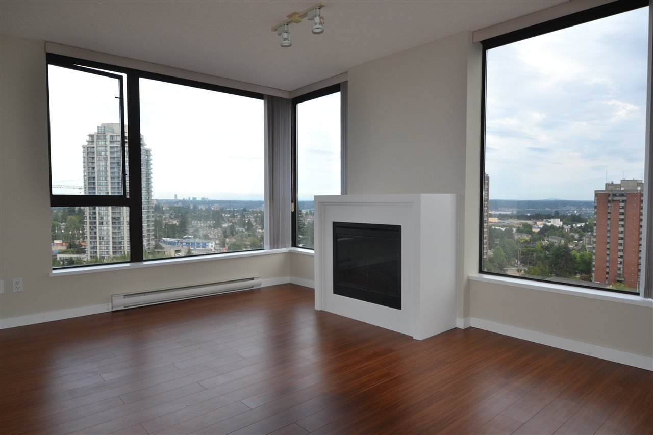 Condo Apartment at 1406 7063 HALL AVENUE, Unit 1406, Burnaby South, British Columbia. Image 3