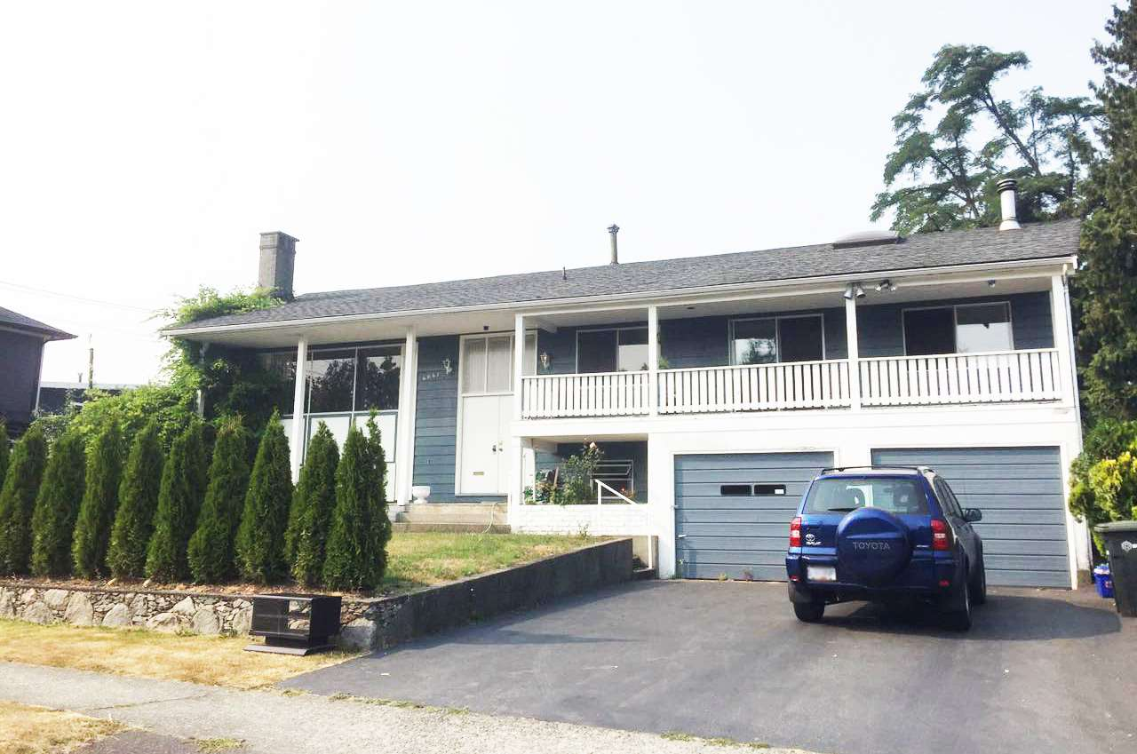Detached at 4641 VICTORY STREET, Burnaby South, British Columbia. Image 1