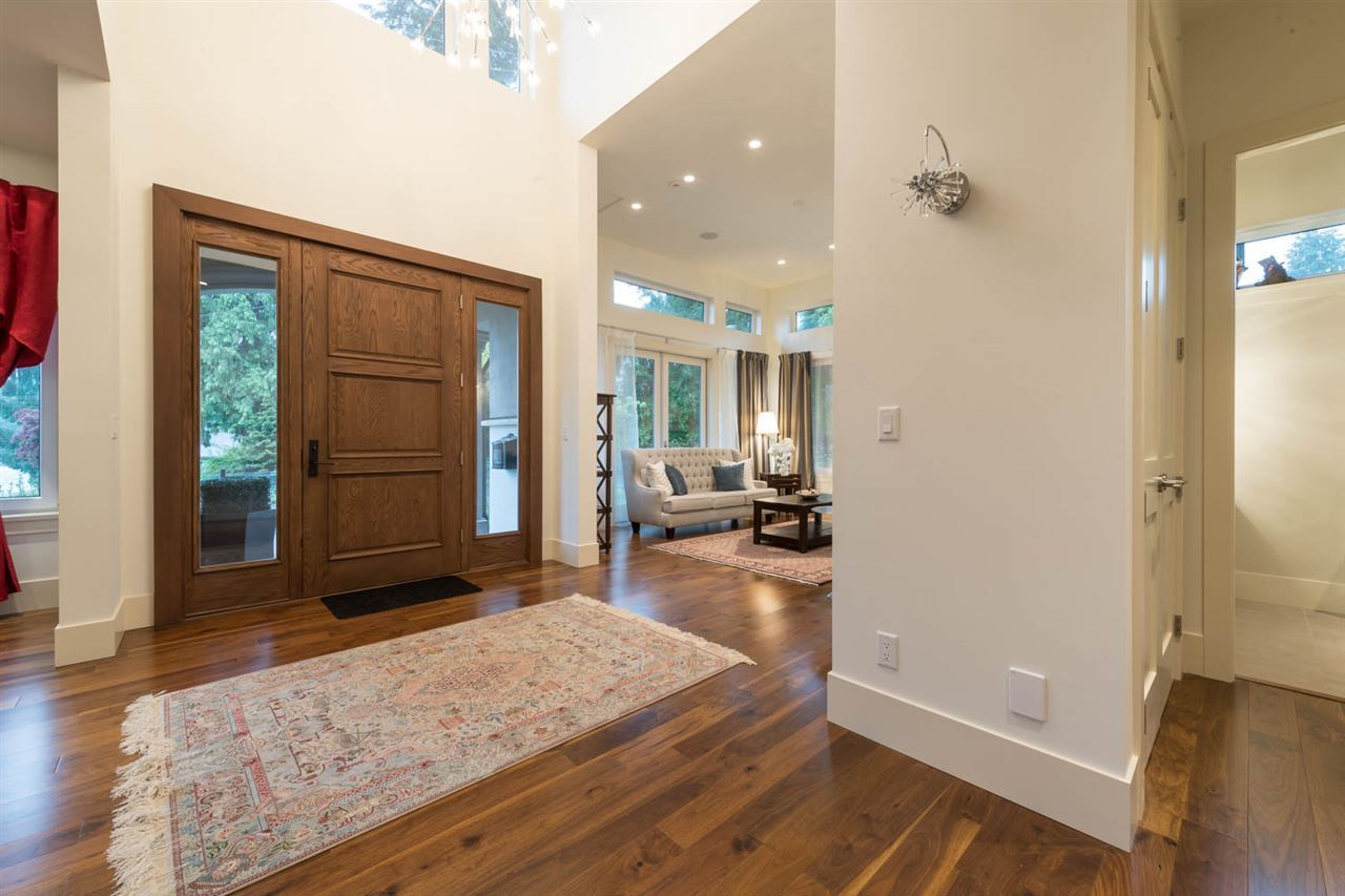 Detached at 3498 SUNSET BOULEVARD, North Vancouver, British Columbia. Image 8