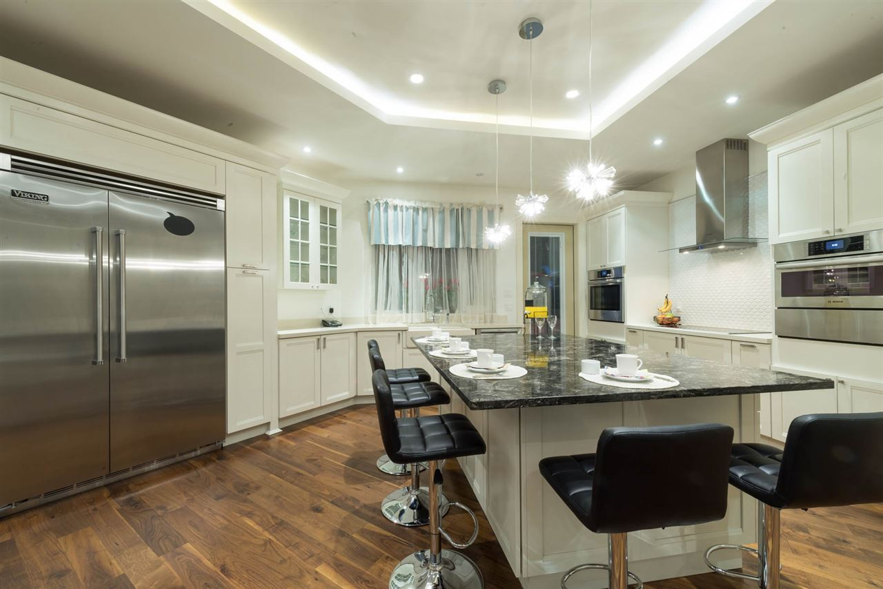 Detached at 3498 SUNSET BOULEVARD, North Vancouver, British Columbia. Image 10