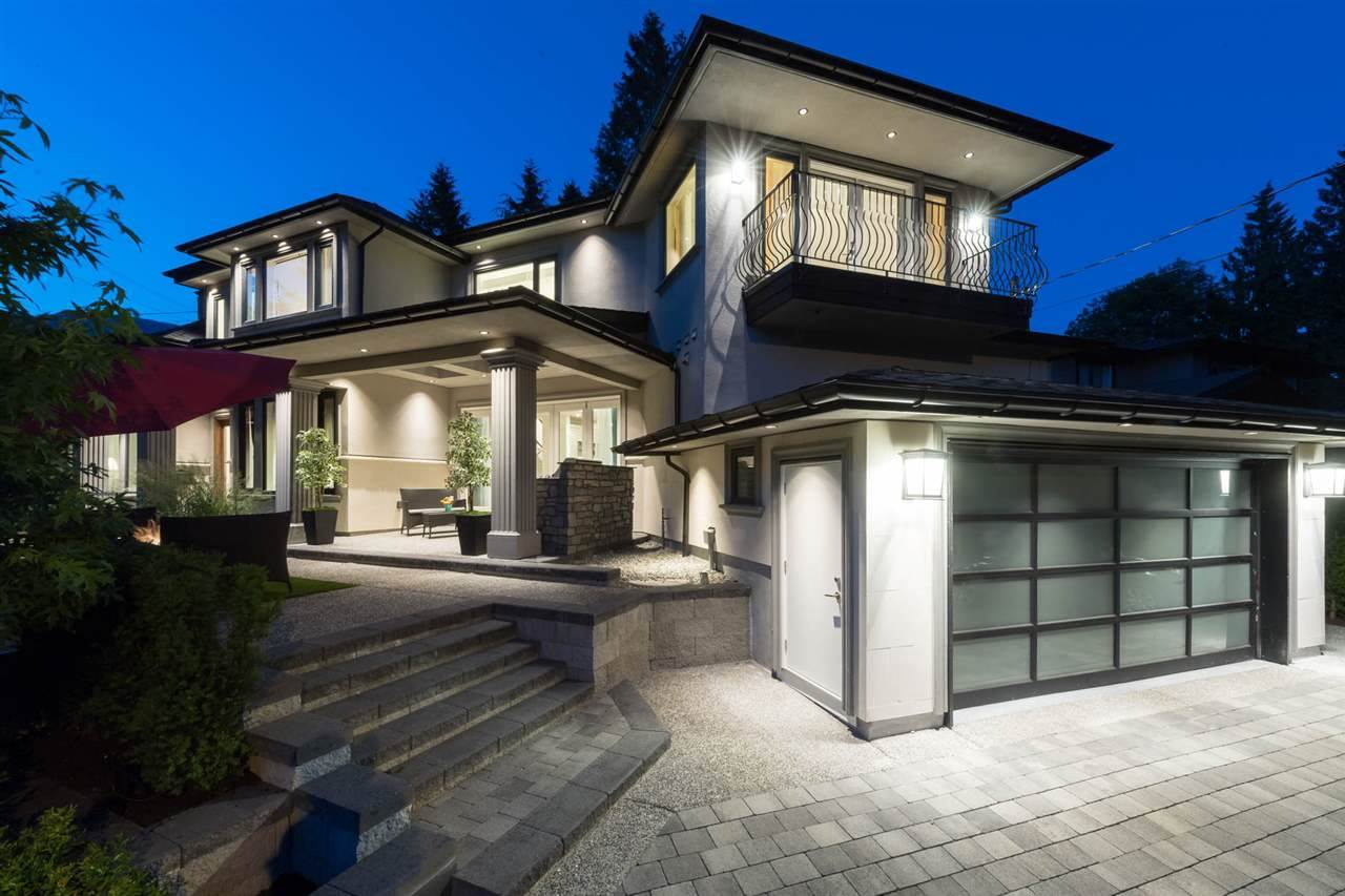 Detached at 3498 SUNSET BOULEVARD, North Vancouver, British Columbia. Image 20