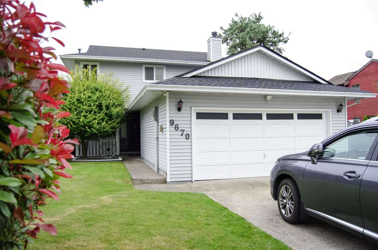 Detached at 9670 155 STREET, North Surrey, British Columbia. Image 1