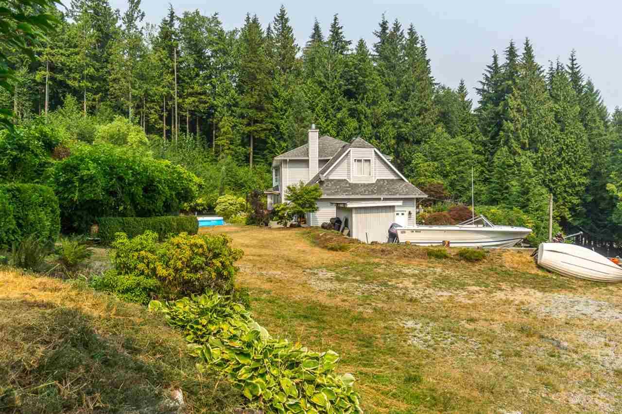 Detached at 12225 GARIBALDI STREET, Maple Ridge, British Columbia. Image 19