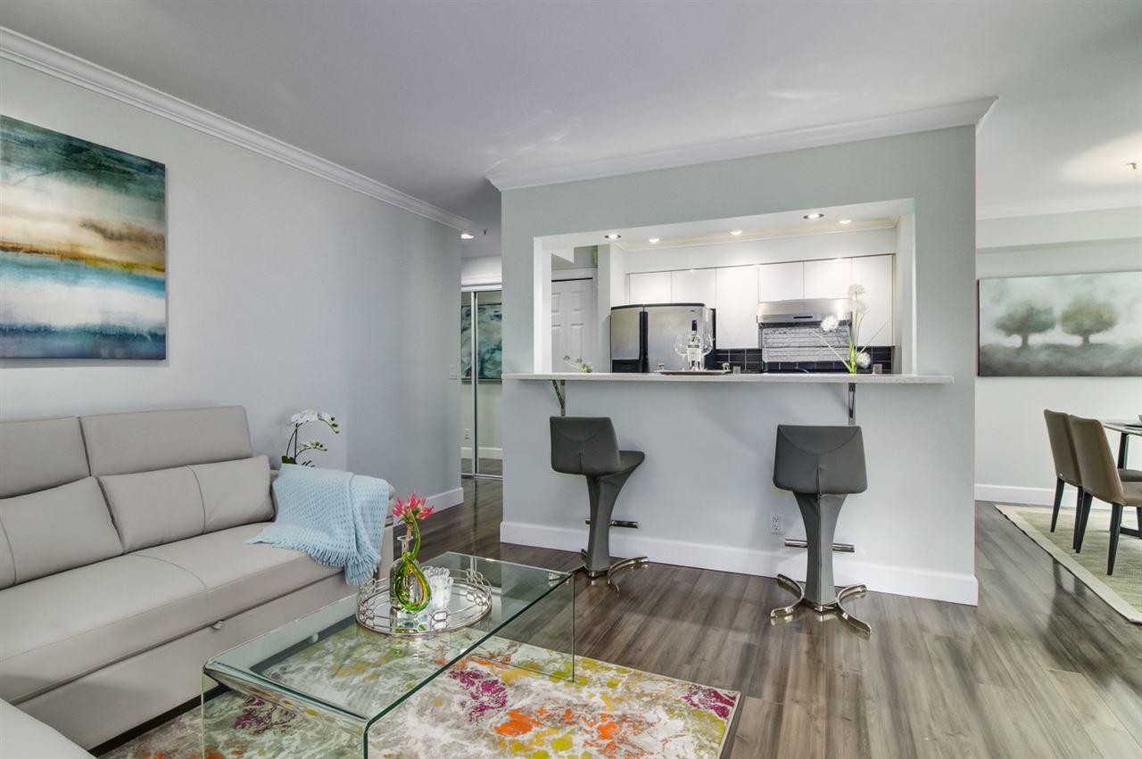 Condo Apartment at 103 2110 YORK AVENUE, Unit 103, Vancouver West, British Columbia. Image 2