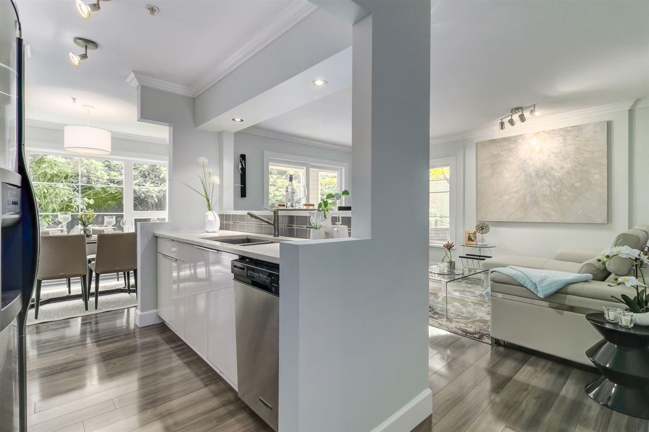 Condo Apartment at 103 2110 YORK AVENUE, Unit 103, Vancouver West, British Columbia. Image 4