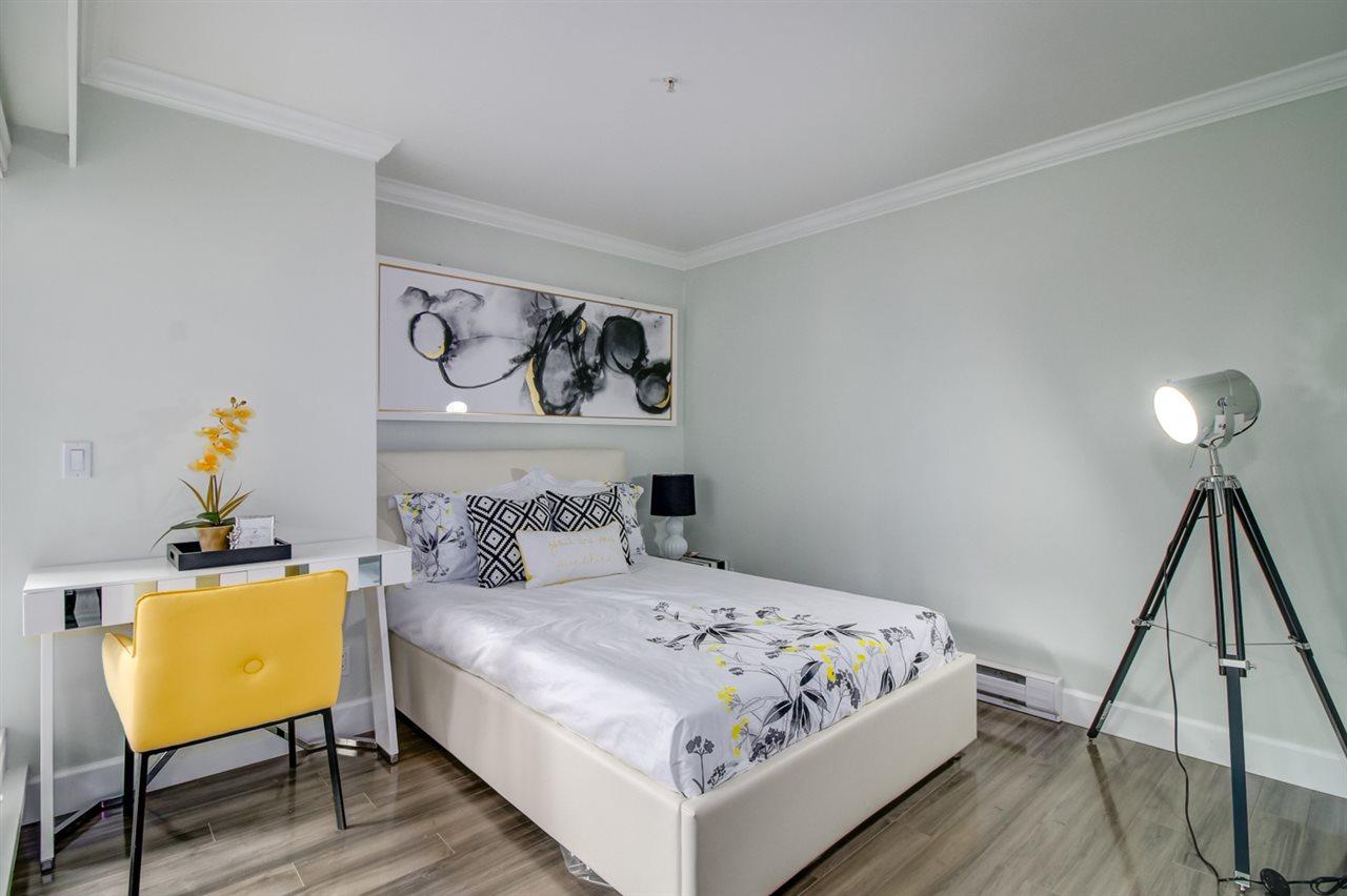 Condo Apartment at 103 2110 YORK AVENUE, Unit 103, Vancouver West, British Columbia. Image 7