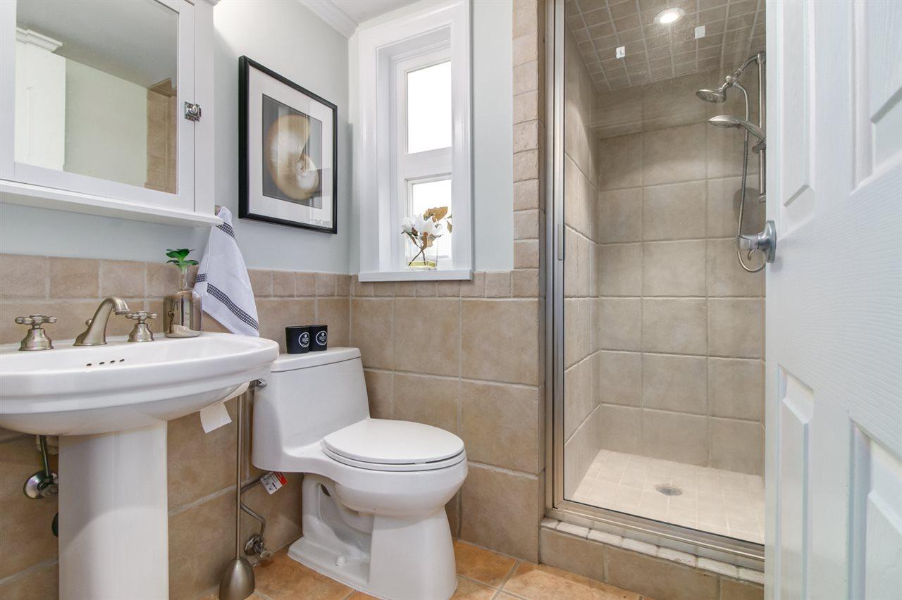 Condo Apartment at 103 2110 YORK AVENUE, Unit 103, Vancouver West, British Columbia. Image 10