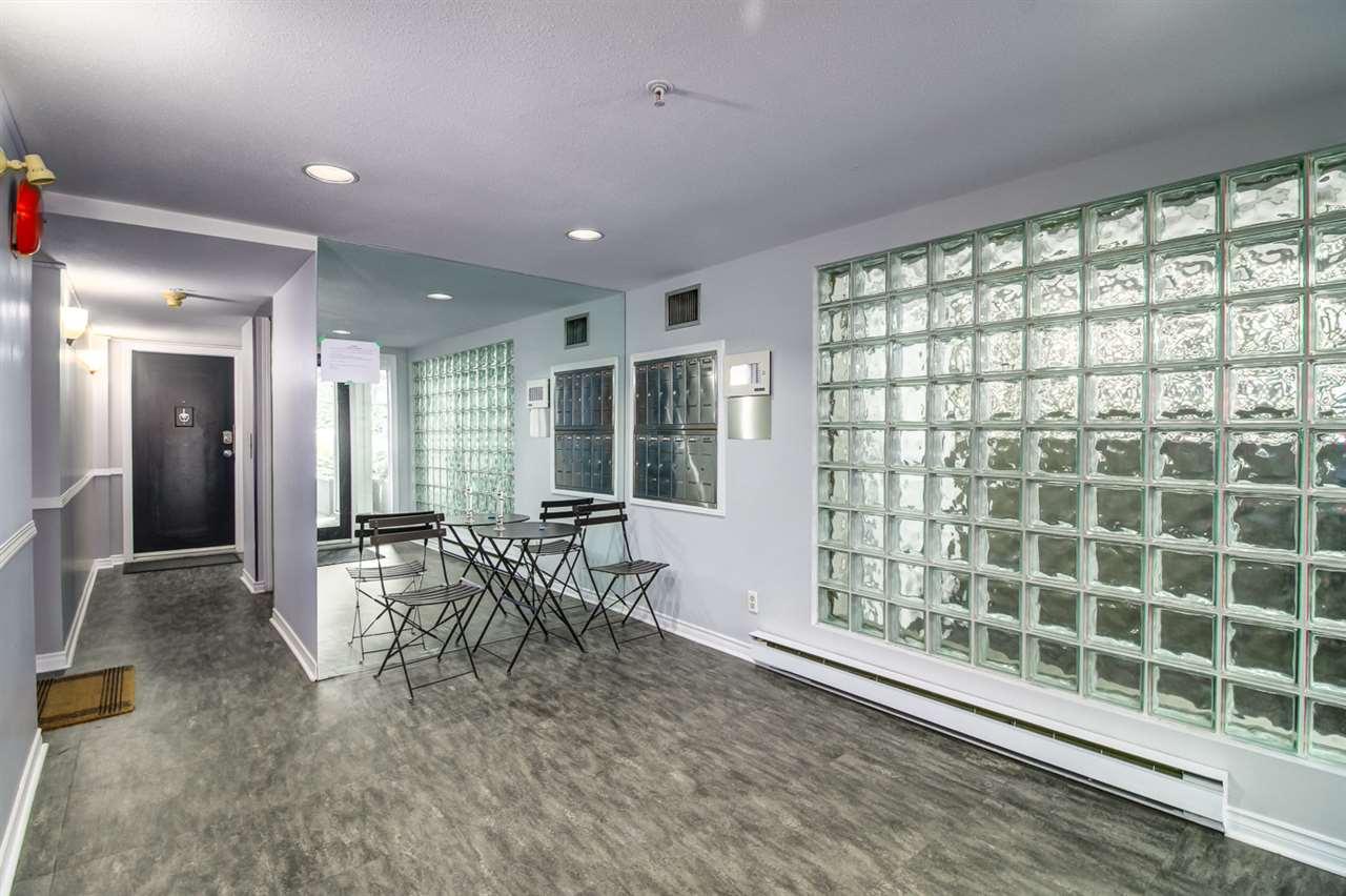 Condo Apartment at 103 2110 YORK AVENUE, Unit 103, Vancouver West, British Columbia. Image 18
