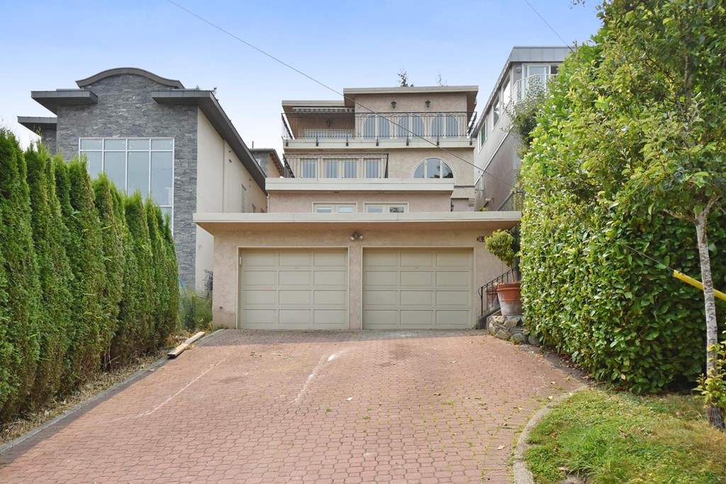 Detached at 4410 W 3RD AVENUE, Vancouver West, British Columbia. Image 1