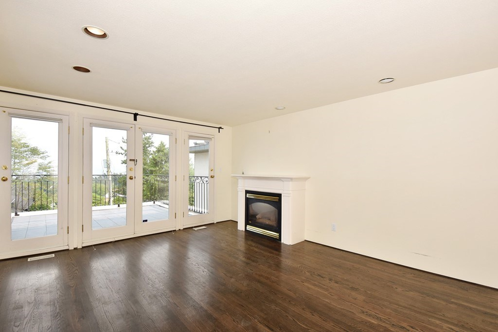 Detached at 4410 W 3RD AVENUE, Vancouver West, British Columbia. Image 10