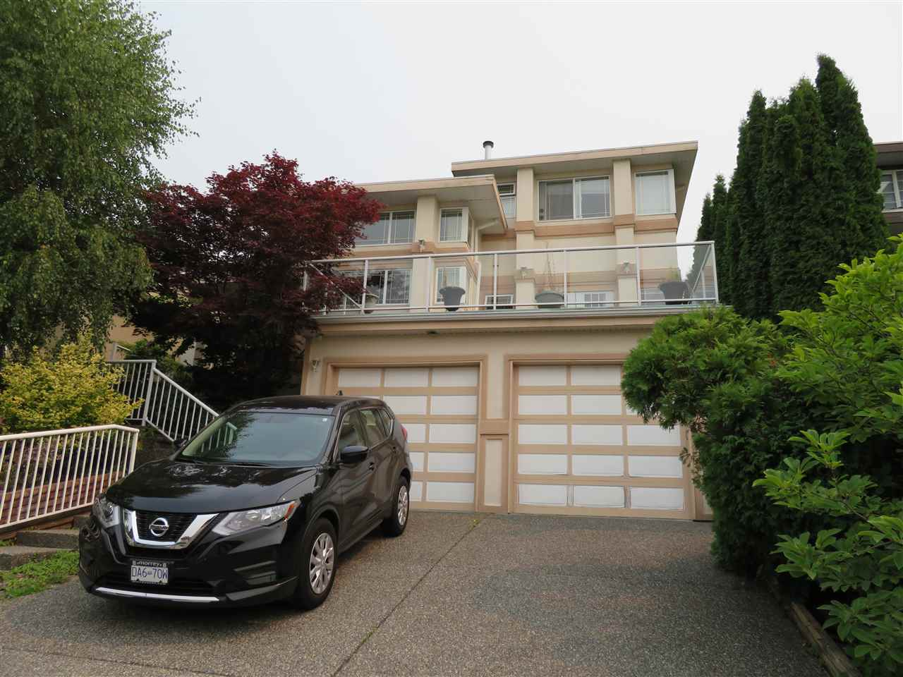 Detached at 948 FORT FRASER RISE, Port Coquitlam, British Columbia. Image 1