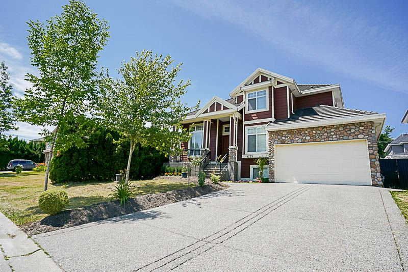 Detached at 9279 160A STREET, Surrey, British Columbia. Image 1