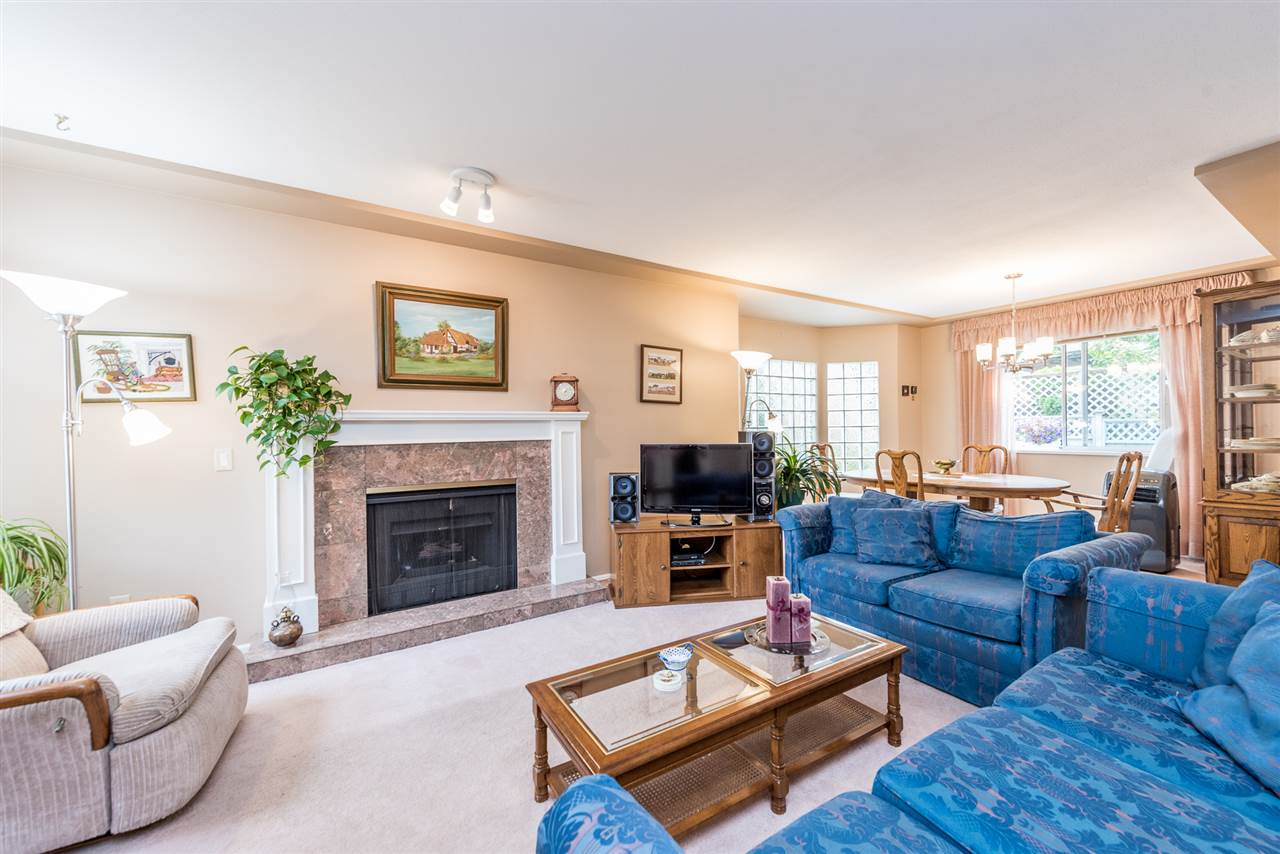 Townhouse at 127 12044 BOUNDARY DRIVE, Unit 127, Surrey, British Columbia. Image 4