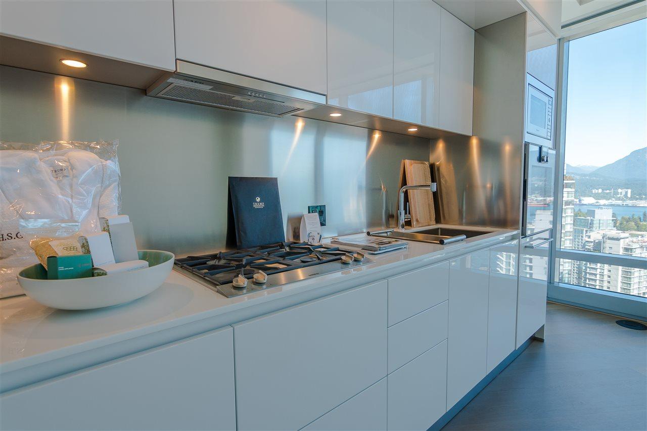 Condo Apartment at 3706 1151 W GEORGIA STREET, Unit 3706, Vancouver West, British Columbia. Image 6