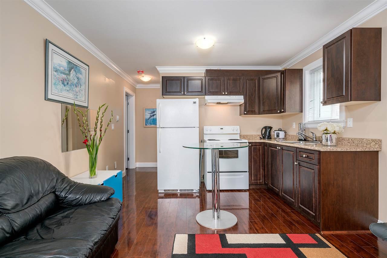 Detached at 7138 HUMPHRIES AVENUE, Burnaby South, British Columbia. Image 15