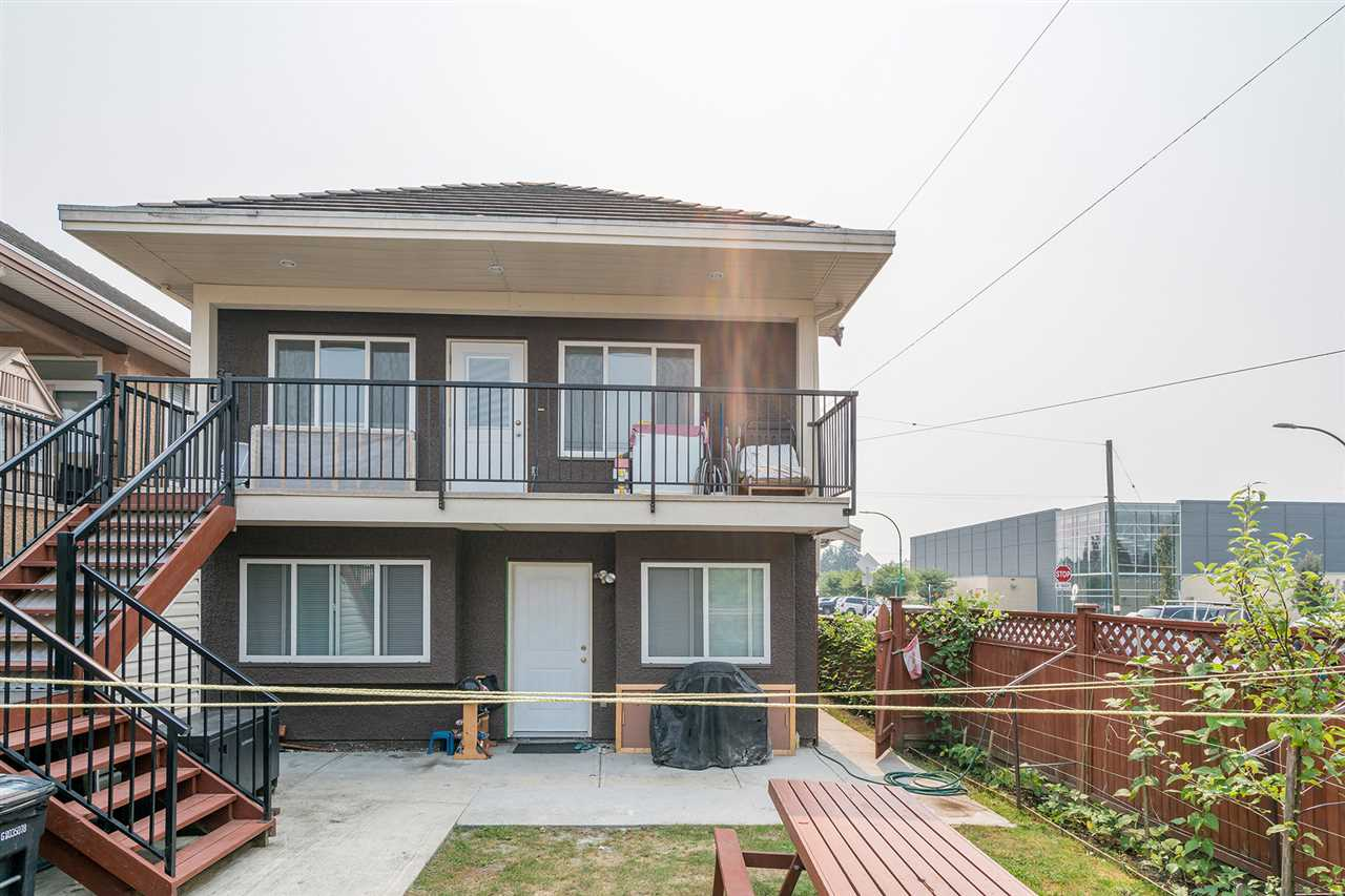 Detached at 7138 HUMPHRIES AVENUE, Burnaby South, British Columbia. Image 19