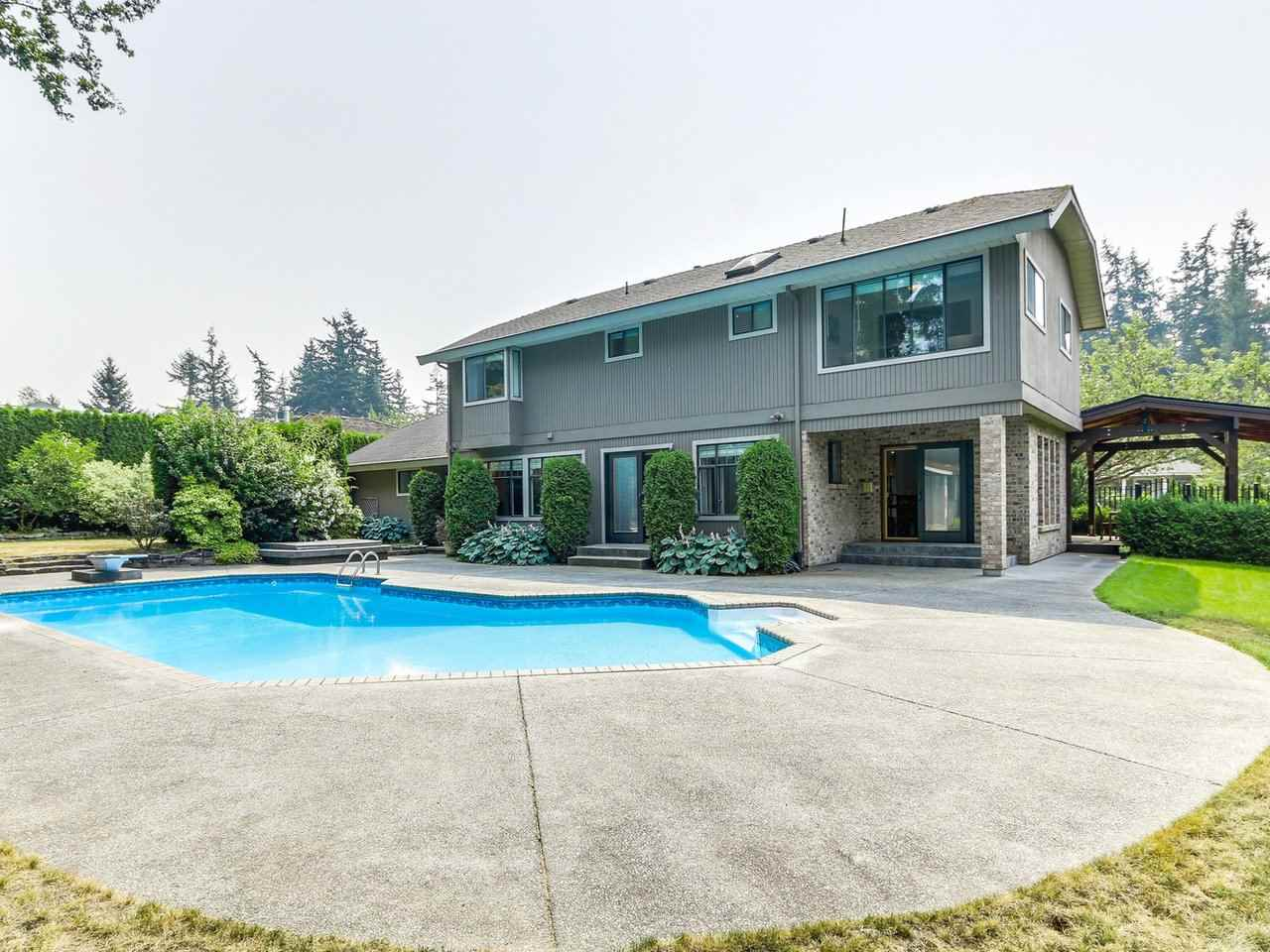 Detached at 12917 21A AVENUE, South Surrey White Rock, British Columbia. Image 19