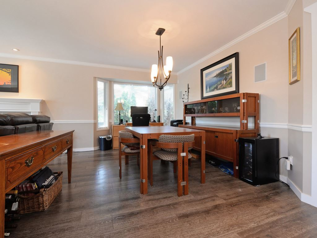 Detached at 4685 199 STREET, Langley, British Columbia. Image 3
