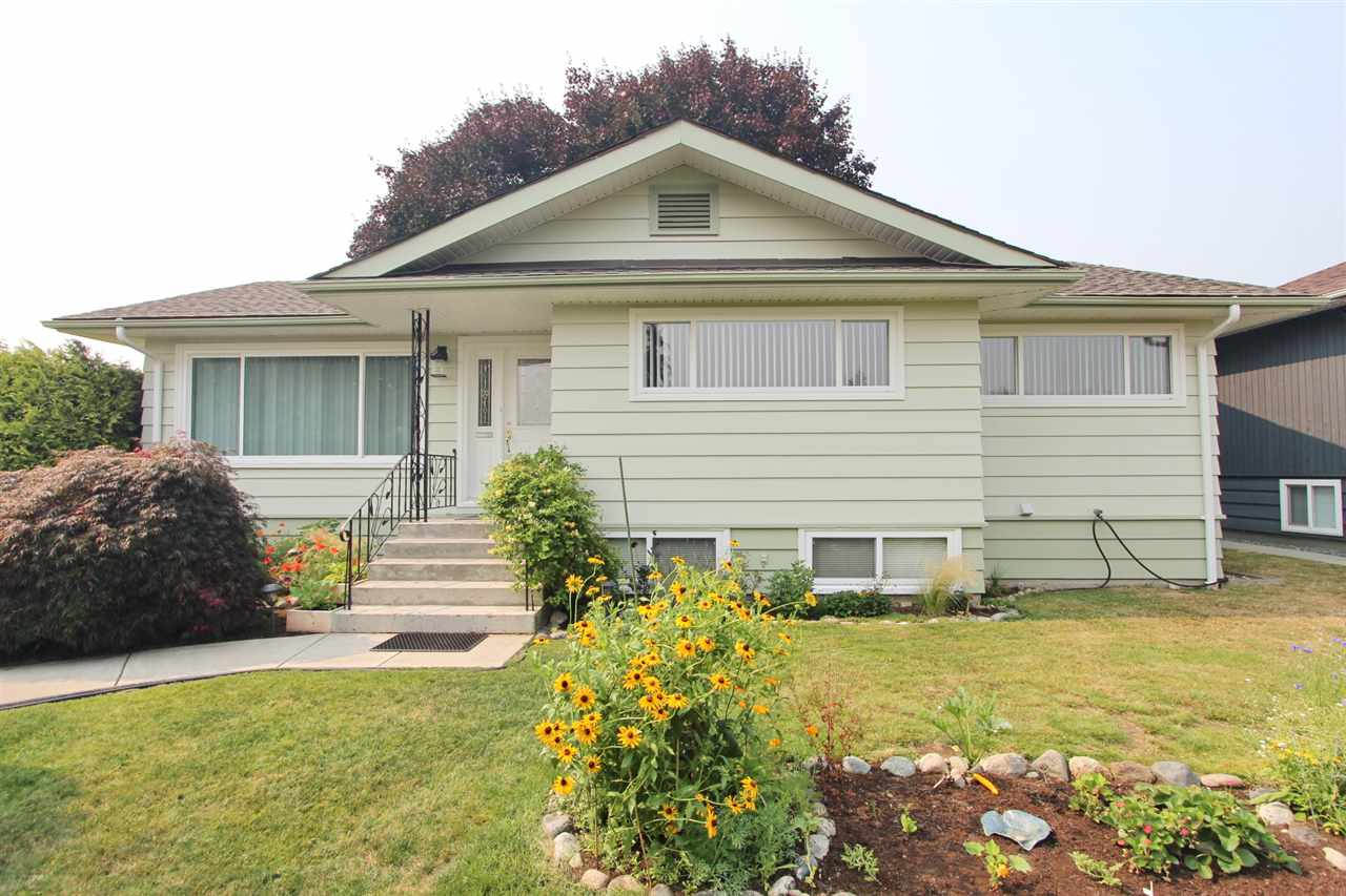 Detached at 8453 10TH AVENUE, Burnaby East, British Columbia. Image 4