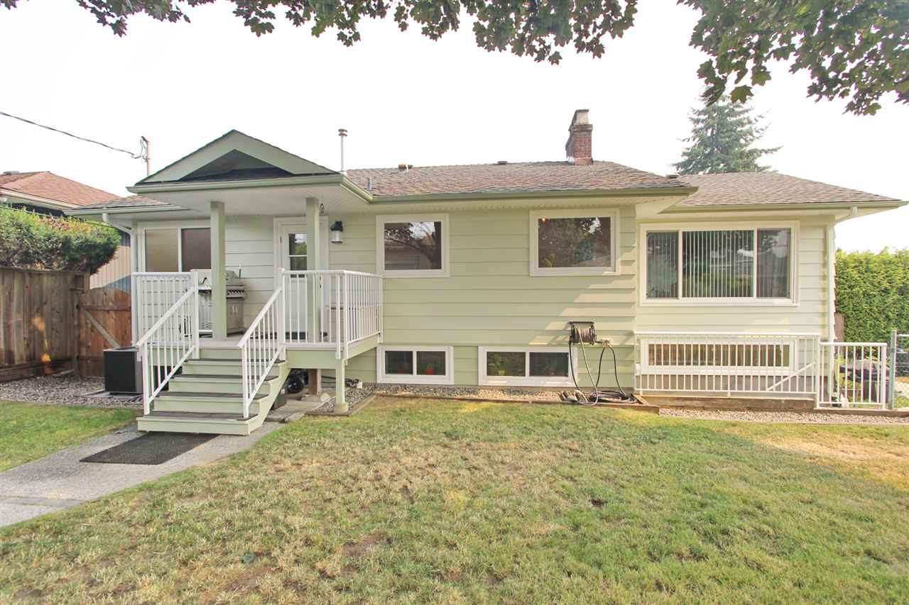 Detached at 8453 10TH AVENUE, Burnaby East, British Columbia. Image 7