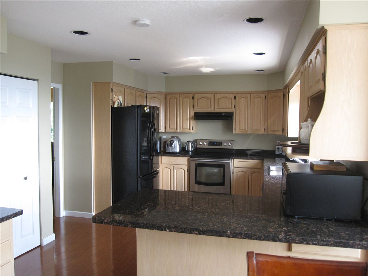 Detached at 2628 MARBLE COURT, Coquitlam, British Columbia. Image 7