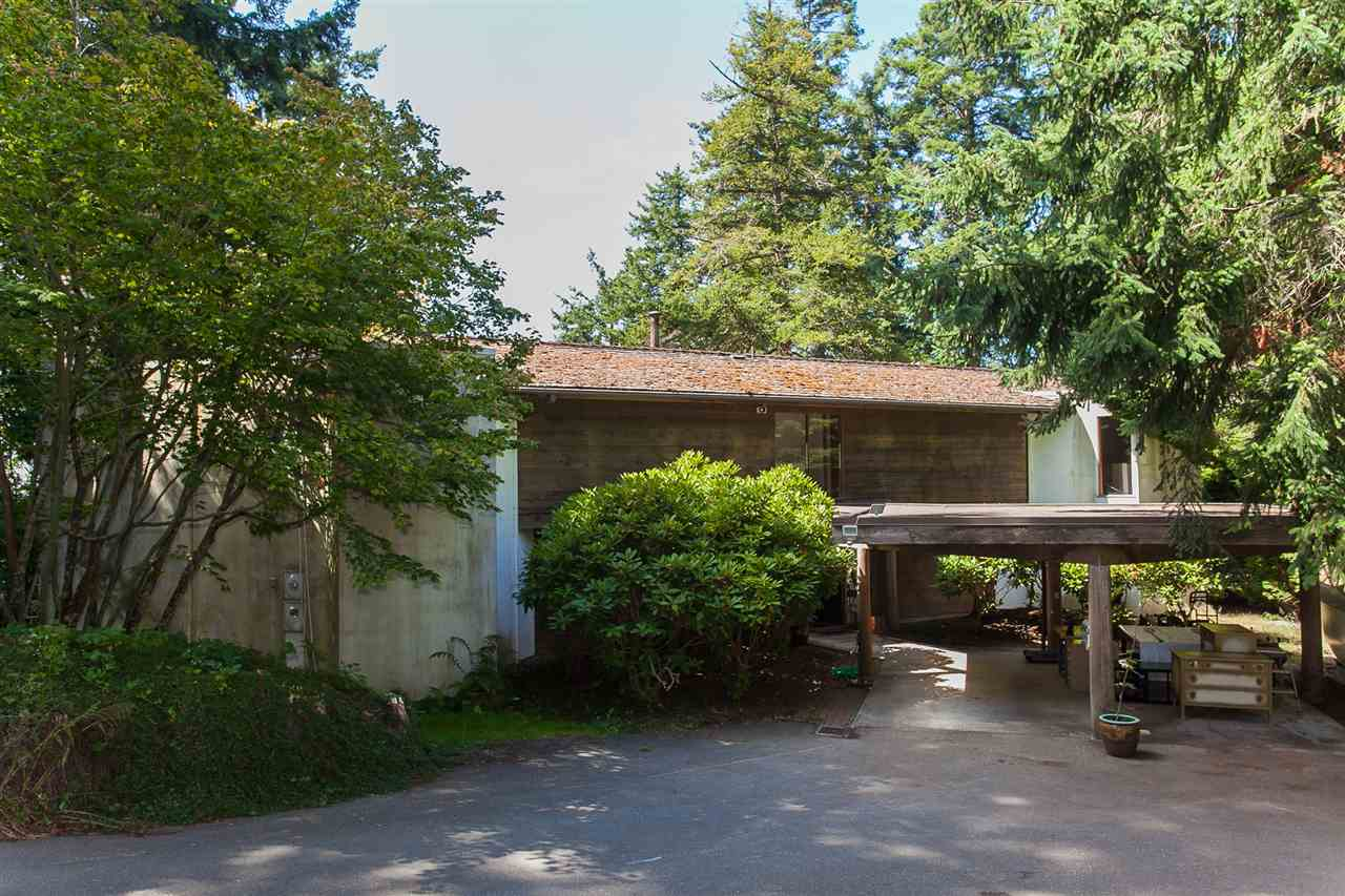 Detached at 12585 15 AVENUE, South Surrey White Rock, British Columbia. Image 8