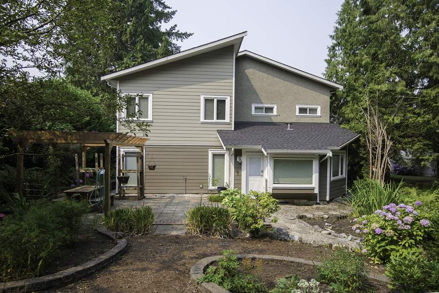 Detached at 5488 SPERLING AVENUE, Burnaby South, British Columbia. Image 19