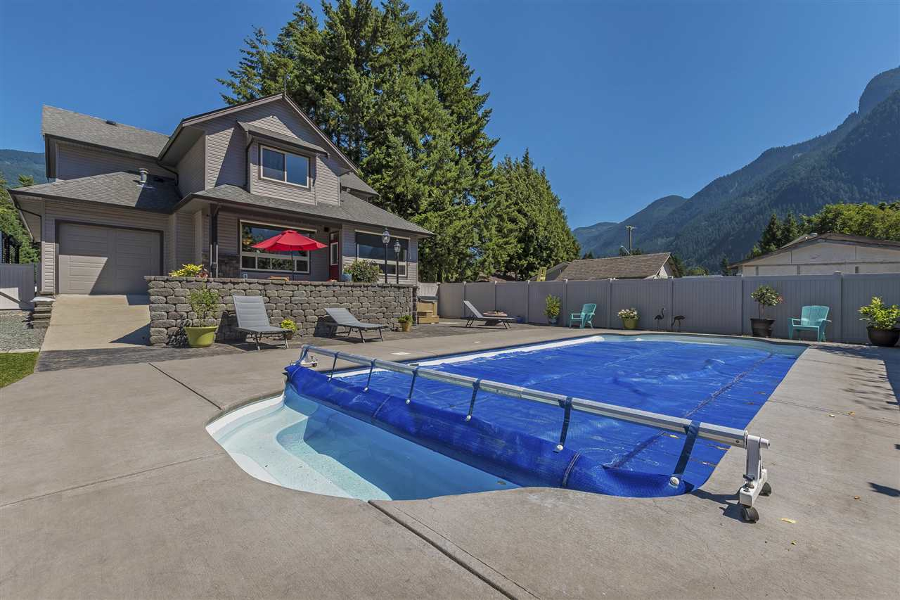 Detached at 740 6TH AVENUE, Hope, British Columbia. Image 16
