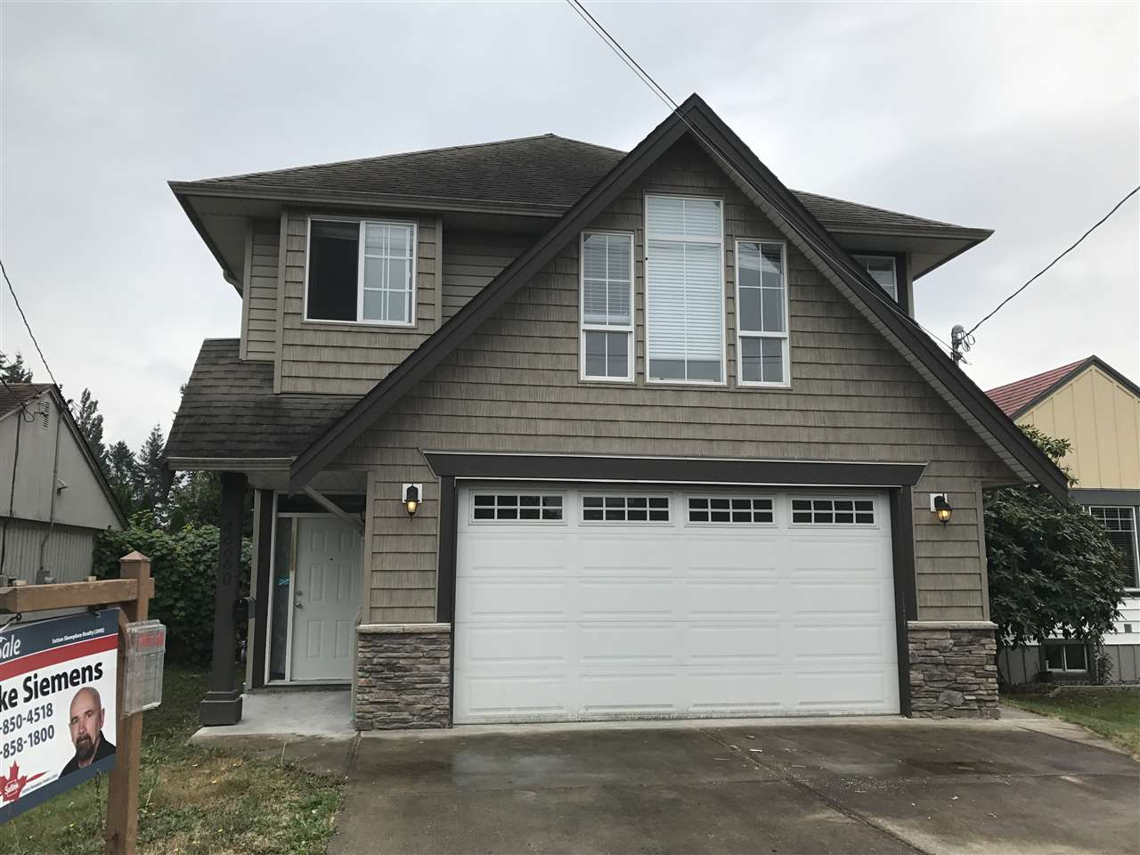 Detached at 46660 FIRST AVENUE, Chilliwack, British Columbia. Image 1