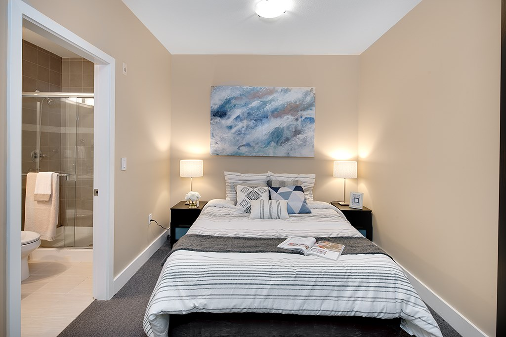 Townhouse at 2 728 W 14TH STREET, Unit 2, North Vancouver, British Columbia. Image 2