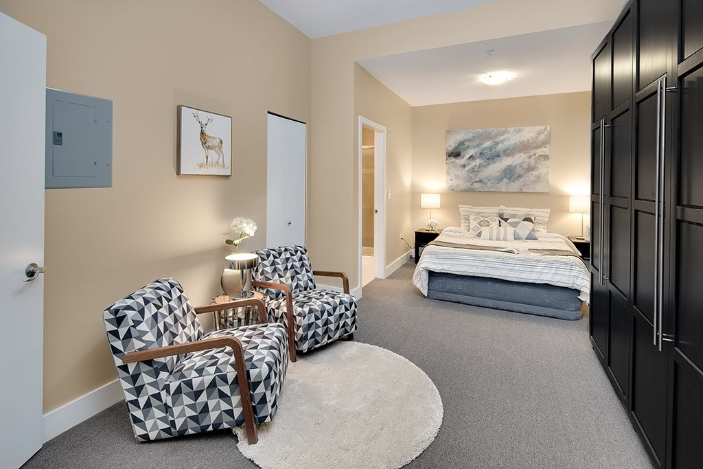 Townhouse at 2 728 W 14TH STREET, Unit 2, North Vancouver, British Columbia. Image 3